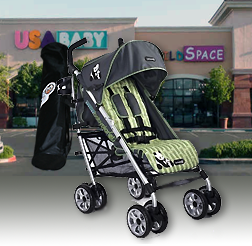 An example of the Oshi mat's portability as seen here on a Eco-Conscious stroller by Baby-Planet